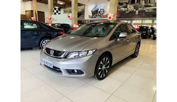 //www.autoline.com.br/carro/honda/civic-20-exr-16v-sedan-flex-4p-automatico/2014/brasilia-df/7061299