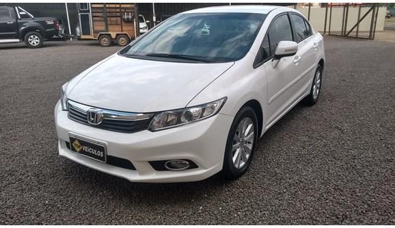 //www.autoline.com.br/carro/honda/civic-20-lxr-16v-sedan-flex-4p-automatico/2014/catanduva-sp/7267133