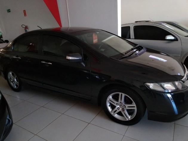 //www.autoline.com.br/carro/honda/civic-18-exs-16v-flex-4p-automatico/2007/tres-lagoas-ms/7887503