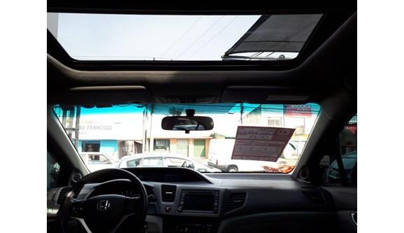 //www.autoline.com.br/carro/honda/civic-20-exr-16v-sedan-flex-4p-automatico/2014/curitiba-pr/8285009