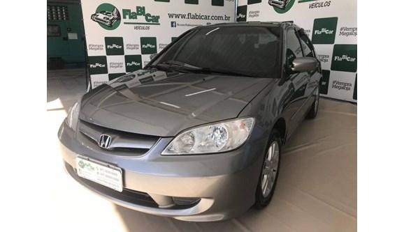 //www.autoline.com.br/carro/honda/civic-17-lx-16v-sedan-gasolina-4p-manual/2005/joinville-sc/8429046