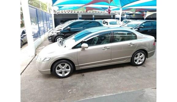 //www.autoline.com.br/carro/honda/civic-18-lxs-16v-sedan-flex-4p-manual/2008/amparo-sp/8544706