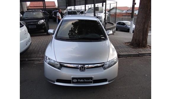 //www.autoline.com.br/carro/honda/civic-18-lxs-16v-sedan-flex-4p-manual/2008/campinas-sp/8893608