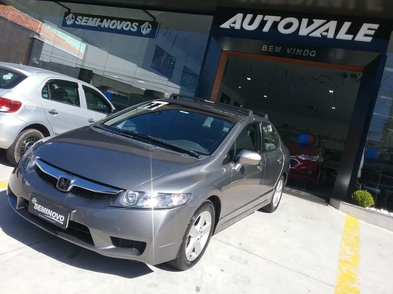 //www.autoline.com.br/carro/honda/civic-18-lxl-16v-sedan-flex-4p-automatico/2011/mogi-das-cruzes-sp/9167645