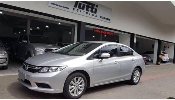 //www.autoline.com.br/carro/honda/civic-18-lxs-16v-sedan-flex-4p-automatico/2012/belo-horizonte-mg/9272233