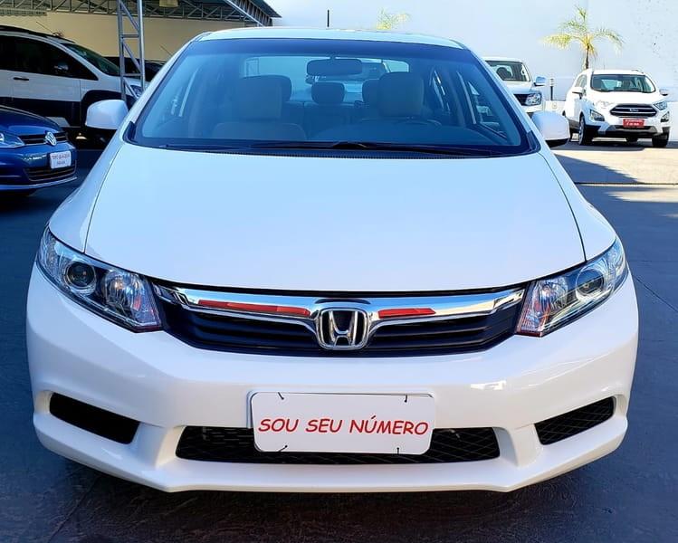 //www.autoline.com.br/carro/honda/civic-18-lxs-16v-sedan-flex-4p-automatico/2016/cuiaba-mt/9408927
