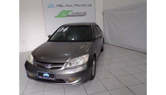 //www.autoline.com.br/carro/honda/civic-17-lx-16v-sedan-gasolina-4p-manual/2004/sao-paulo-sp/9928148