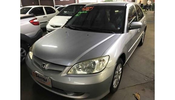 //www.autoline.com.br/carro/honda/civic-17-lx-16v-sedan-gasolina-4p-manual/2005/presidente-prudente-sp/6283960
