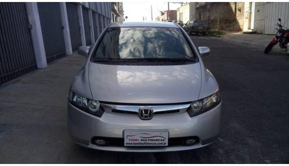 //www.autoline.com.br/carro/honda/civic-18-lxs-16v-sedan-flex-4p-automatico/2008/belo-horizonte-mg/6754315