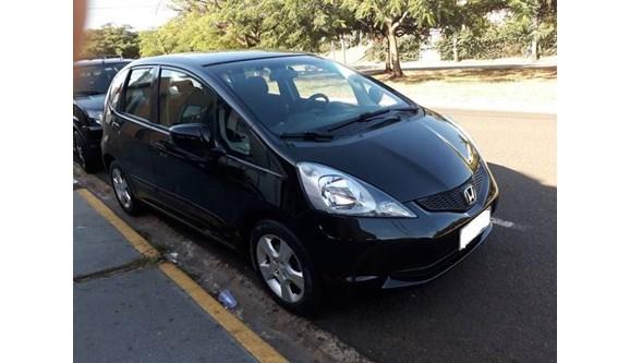 //www.autoline.com.br/carro/honda/fit-14-lxl-16v-flex-4p-automatico/2009/ribeirao-preto-sp/11242916