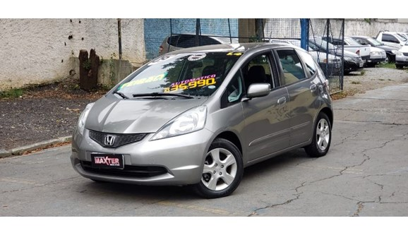 //www.autoline.com.br/carro/honda/fit-14-lxl-16v-flex-4p-automatico/2009/sao-paulo-sp/11389621