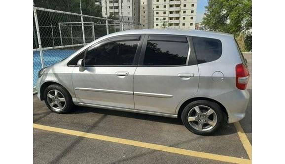 //www.autoline.com.br/carro/honda/fit-14-lx-8v-flex-4p-manual/2008/sao-paulo-sp/11403231