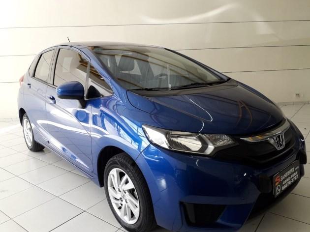 //www.autoline.com.br/carro/honda/fit-15-dx-16v-flex-4p-cvt/2015/santo-andre-sp/11661583