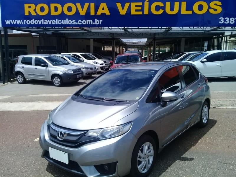 //www.autoline.com.br/carro/honda/fit-15-dx-16v-flex-4p-cvt/2015/brasilia-df/11896998