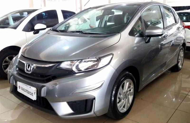 //www.autoline.com.br/carro/honda/fit-15-lx-16v-flex-4p-manual/2015/campinas-sp/12318853