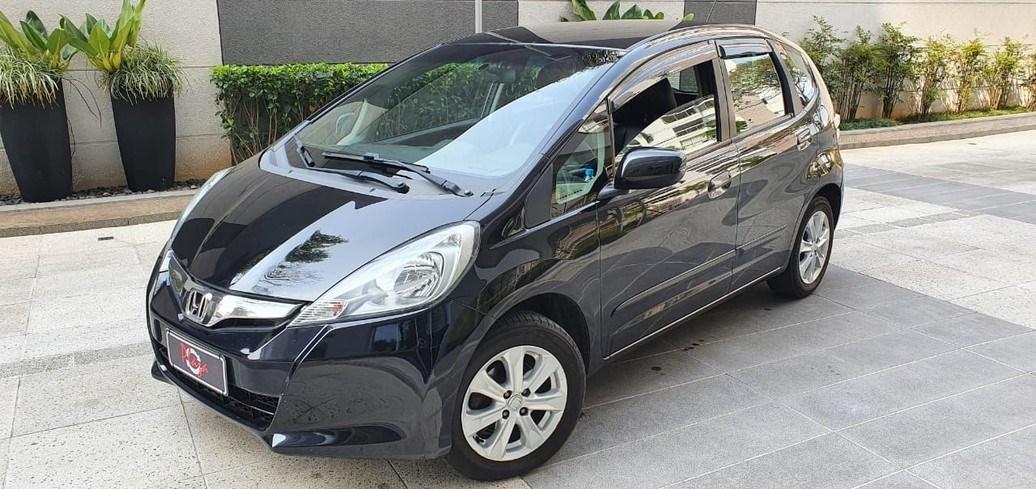 //www.autoline.com.br/carro/honda/fit-14-lx-16v-flex-4p-automatico/2014/sao-paulo-sp/12328727