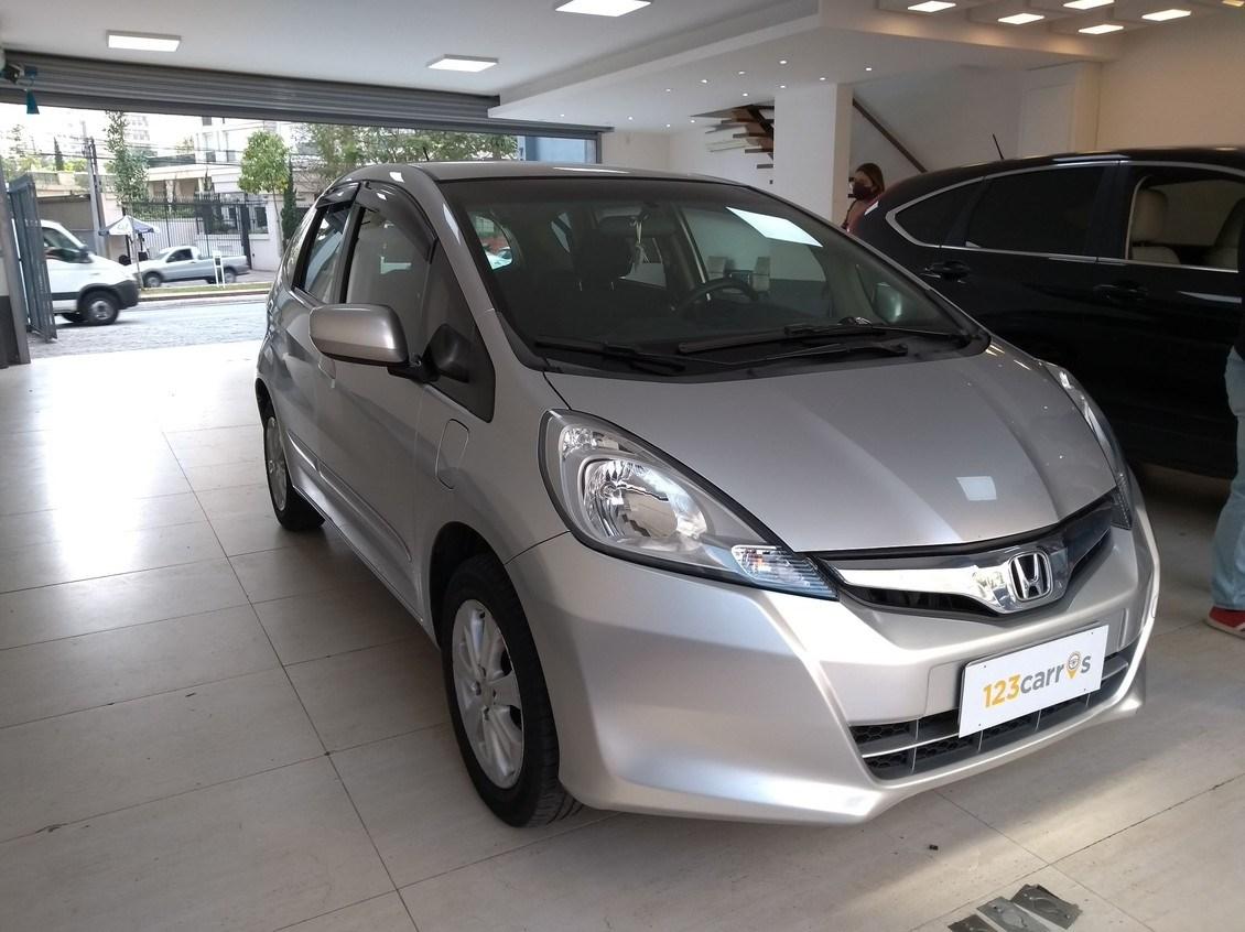//www.autoline.com.br/carro/honda/fit-14-lx-16v-flex-4p-automatico/2014/sao-paulo-sp/12363722