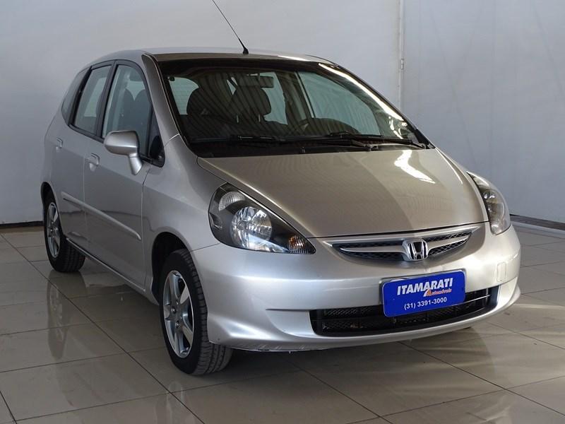 //www.autoline.com.br/carro/honda/fit-14-lx-8v-flex-4p-manual/2007/contagem-mg/12401385
