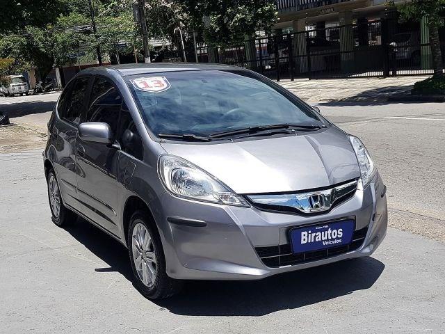 //www.autoline.com.br/carro/honda/fit-14-lx-16v-flex-4p-automatico/2013/guaruja-sp/13080020