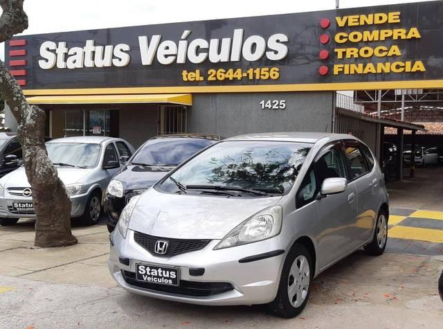 //www.autoline.com.br/carro/honda/fit-14-dx-16v-flex-4p-automatico/2011/cabo-frio-rj/13088336
