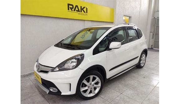 //www.autoline.com.br/carro/honda/fit-15-twist-16v-flex-4p-automatico/2013/sao-paulo-sp/13124352