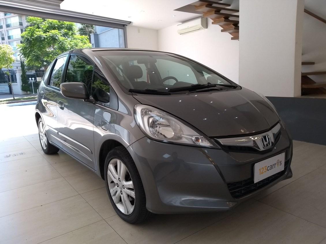 //www.autoline.com.br/carro/honda/fit-15-ex-16v-flex-4p-automatico/2014/sao-paulo-sp/13139591
