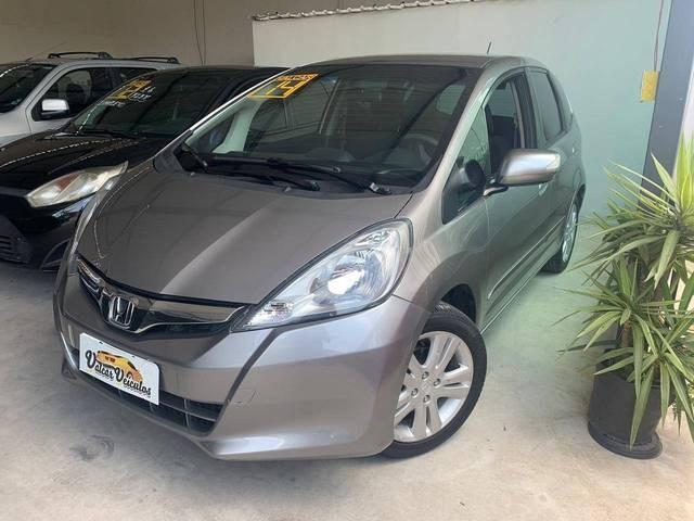 //www.autoline.com.br/carro/honda/fit-15-ex-16v-flex-4p-automatico/2014/sao-paulo-sp/13144103