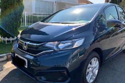 //www.autoline.com.br/carro/honda/fit-15-personal-16v-flex-4p-cvt/2018/sao-paulo-sp/13237076