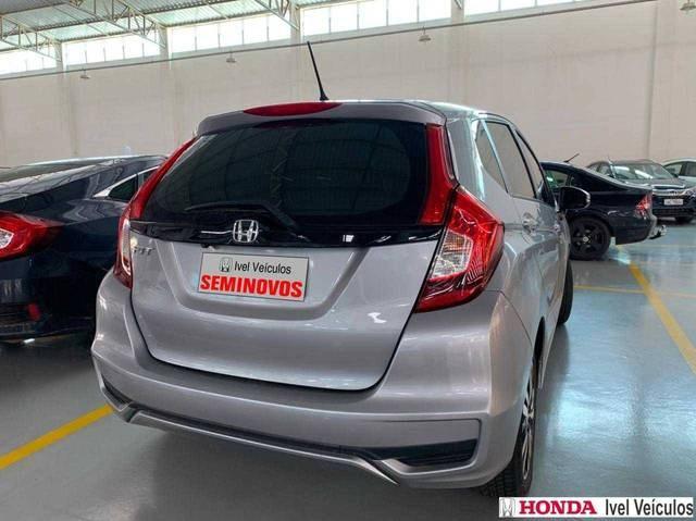 //www.autoline.com.br/carro/honda/fit-15-exl-16v-flex-4p-cvt/2018/porto-velho-ro/13560803