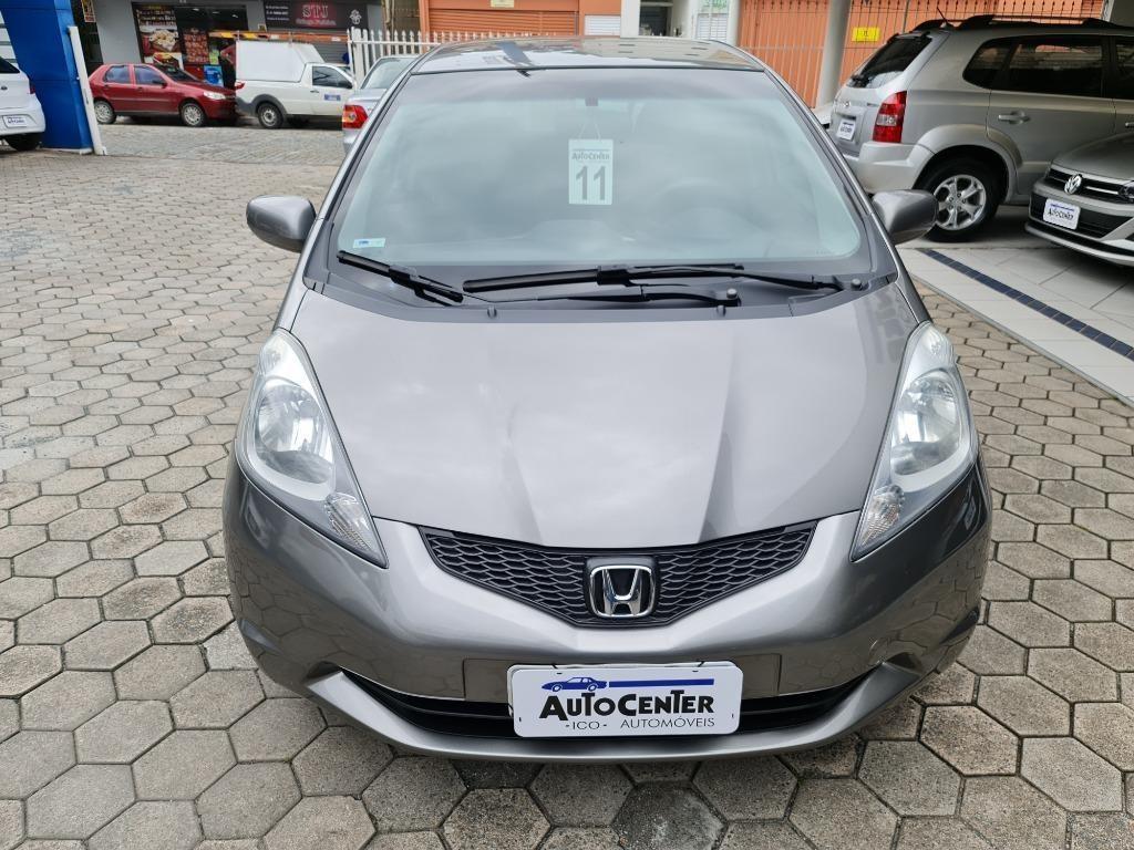 //www.autoline.com.br/carro/honda/fit-14-lxl-16v-flex-4p-automatico/2011/blumenau-sc/13573886