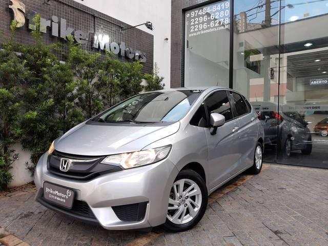 //www.autoline.com.br/carro/honda/fit-15-lx-16v-flex-4p-manual/2015/sao-paulo-sp/13580776