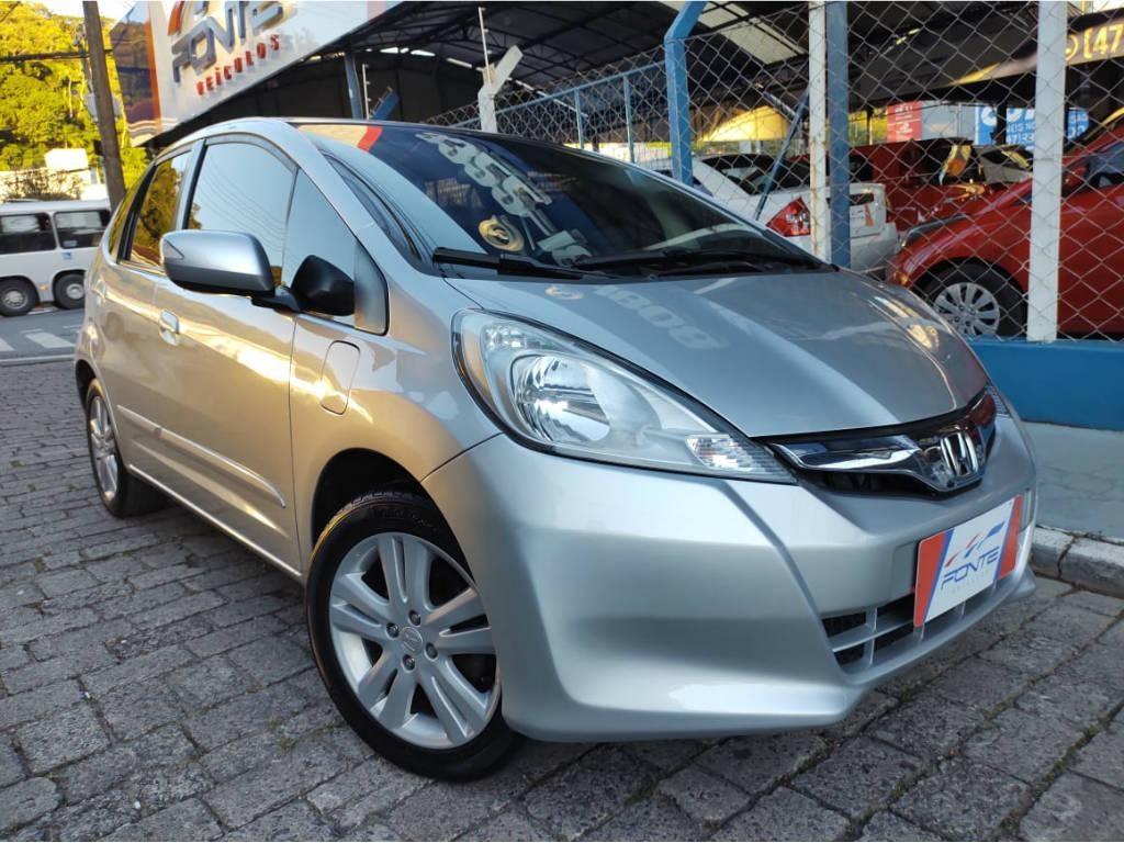 //www.autoline.com.br/carro/honda/fit-15-exl-16v-flex-4p-automatico/2013/blumenau-sc/14765597