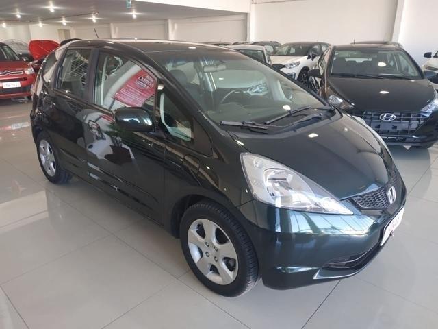 //www.autoline.com.br/carro/honda/fit-14-lx-16v-flex-4p-automatico/2012/porto-alegre-rs/14771774