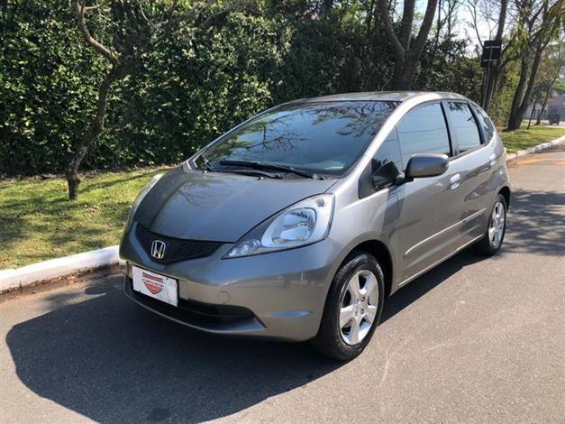 //www.autoline.com.br/carro/honda/fit-14-lx-16v-flex-4p-manual/2009/sao-paulo-sp/14808352