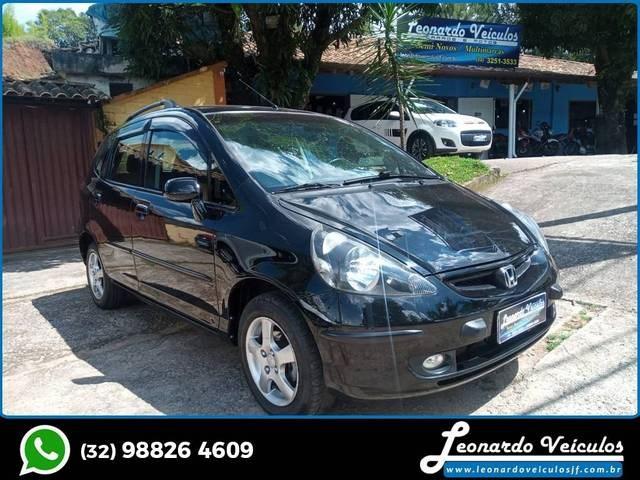 //www.autoline.com.br/carro/honda/fit-14-lx-8v-gasolina-4p-manual/2004/santos-dumont-mg/14836040