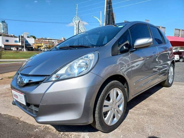 //www.autoline.com.br/carro/honda/fit-15-ex-16v-flex-4p-manual/2013/rio-verde-go/14879545