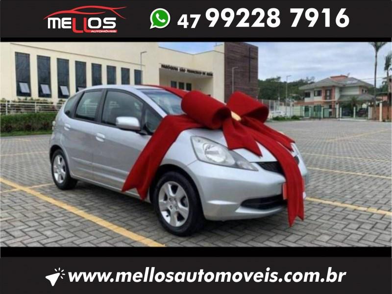//www.autoline.com.br/carro/honda/fit-14-lx-16v-flex-4p-manual/2009/joinville-sc/14913319