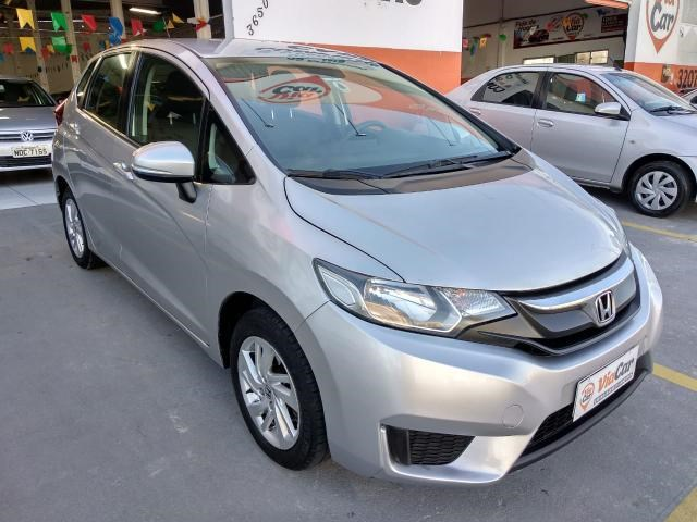 //www.autoline.com.br/carro/honda/fit-14-lx-16v-flex-4p-cvt/2015/natal-rn/14914733