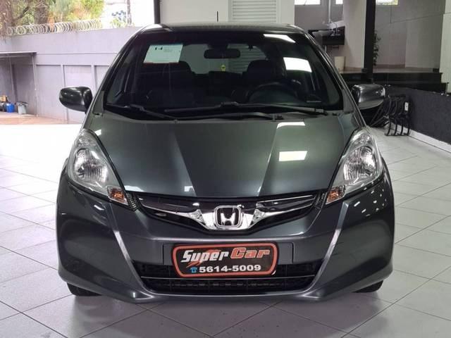 //www.autoline.com.br/carro/honda/fit-15-ex-16v-flex-4p-manual/2014/sao-paulo-sp/14937979