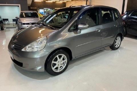 //www.autoline.com.br/carro/honda/fit-15-ex-16v-gasolina-4p-manual/2007/santo-andre-sp/14970183