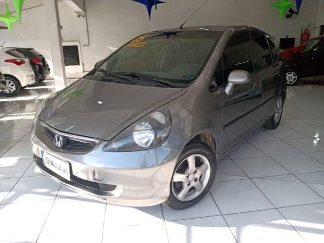 //www.autoline.com.br/carro/honda/fit-14-lxl-8v-gasolina-4p-cvt/2005/sorocaba-sp/15453550