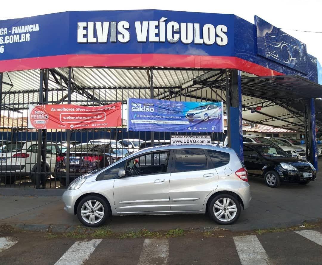 //www.autoline.com.br/carro/honda/fit-15-ex-16v-flex-4p-automatico/2010/franca-sp/15551048