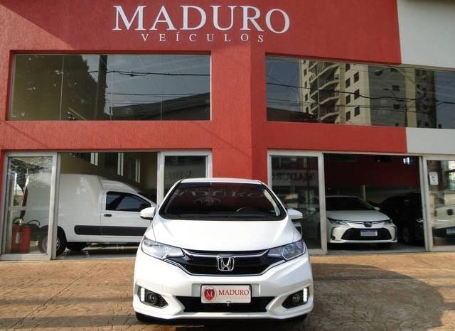 //www.autoline.com.br/carro/honda/fit-15-ex-16v-flex-4p-cvt/2019/araraquara-sp/15662378
