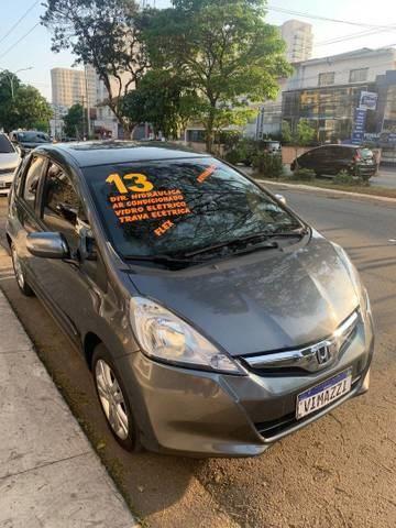 //www.autoline.com.br/carro/honda/fit-15-ex-16v-flex-4p-automatico/2013/sao-paulo-sp/15727003