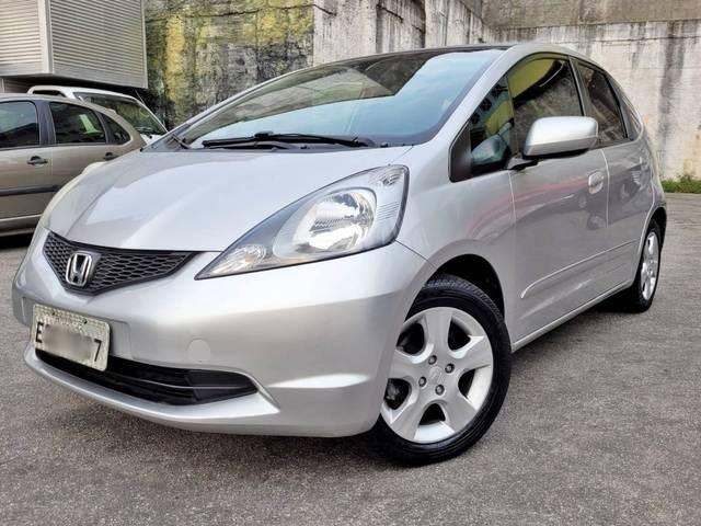 //www.autoline.com.br/carro/honda/fit-14-lx-16v-flex-4p-automatico/2012/sao-paulo-sp/15813075