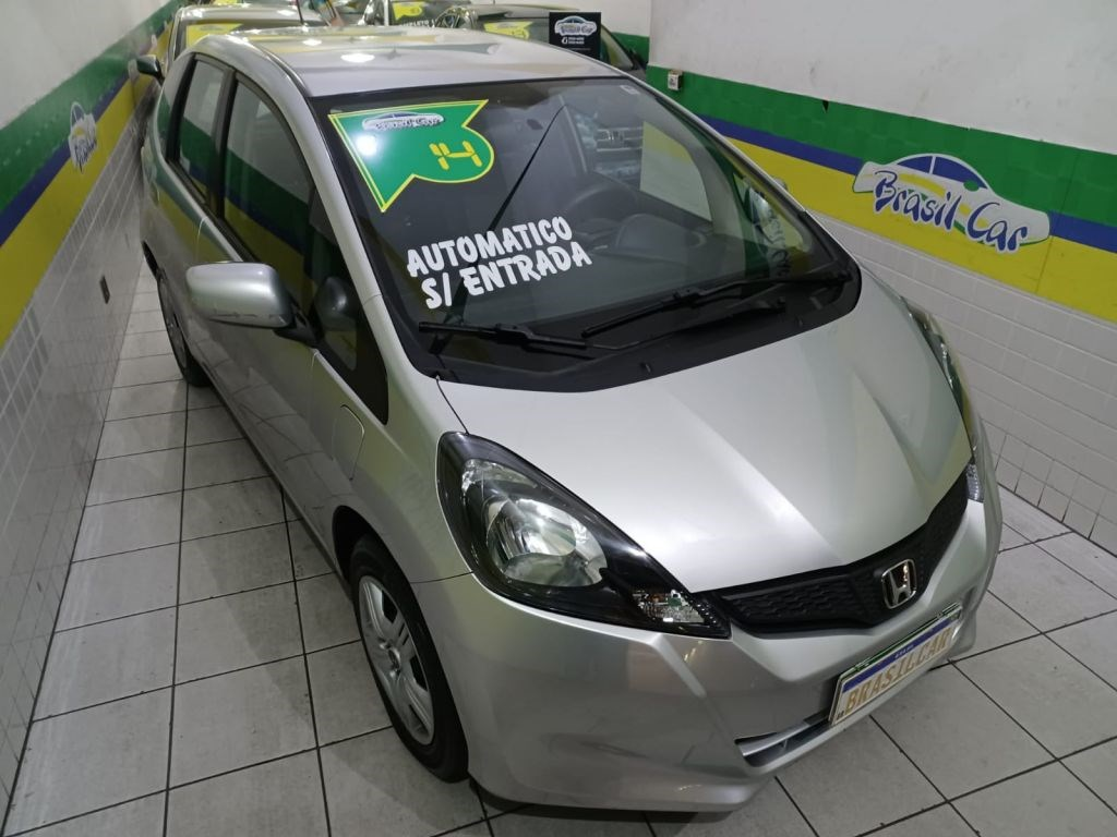 //www.autoline.com.br/carro/honda/fit-14-cx-16v-flex-4p-automatico/2014/sao-paulo-sp/15818280