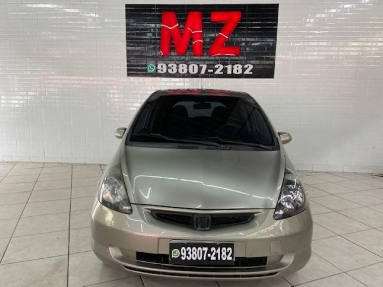//www.autoline.com.br/carro/honda/fit-14-lx-8v-gasolina-4p-manual/2006/sao-paulo-sp/15822528