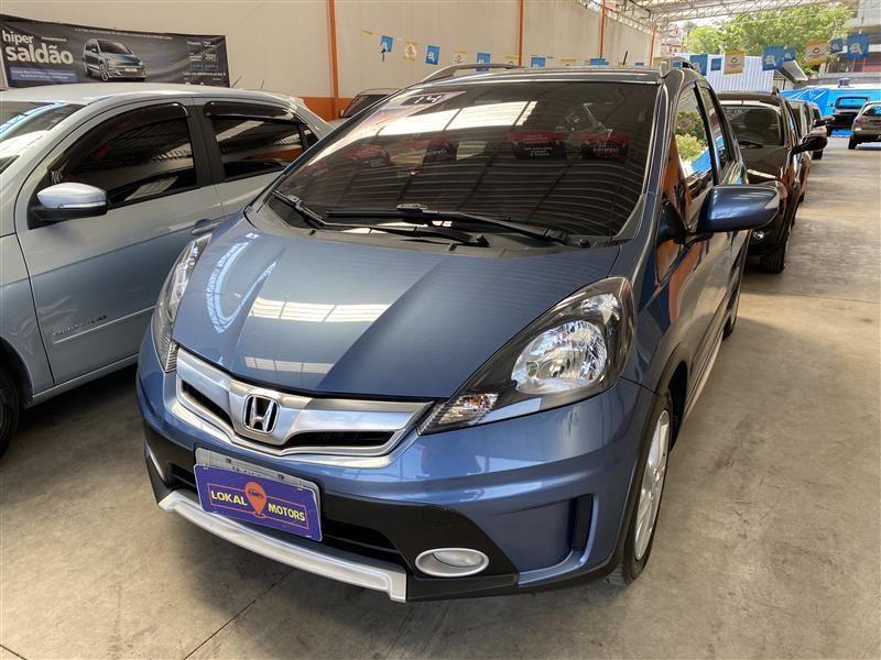 //www.autoline.com.br/carro/honda/fit-15-twist-16v-flex-4p-automatico/2014/sao-paulo-sp/15865069