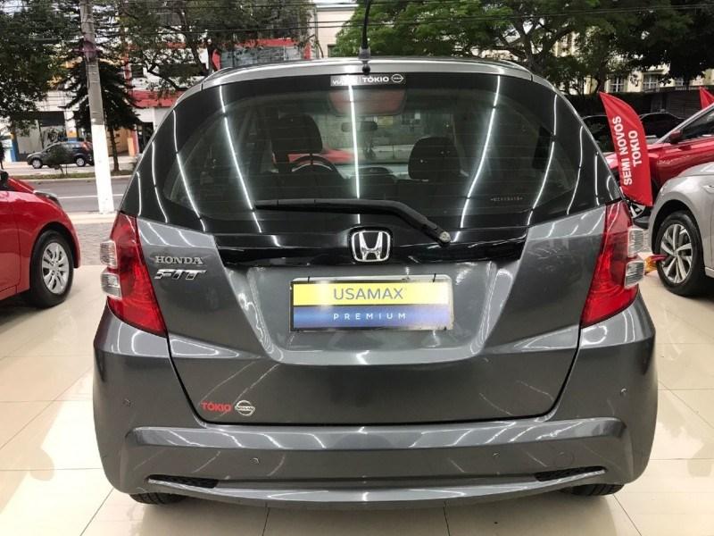 //www.autoline.com.br/carro/honda/fit-14-lx-16v-flex-4p-automatico/2014/sao-paulo-sp/15874815