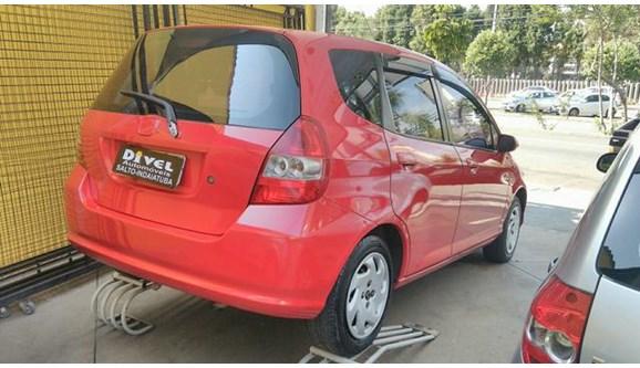 //www.autoline.com.br/carro/honda/fit-14-lx-8v-gasolina-4p-manual/2006/indaiatuba-sp/5877227